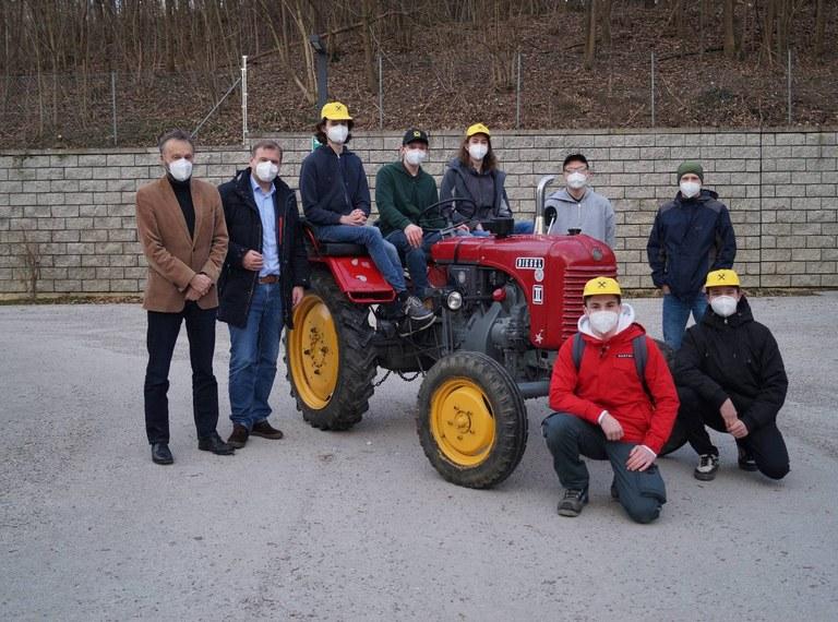 """""""18er"""" E-Traktor – Maschinenbauer und Elektrotechniker arbeiten gemeinsam!"""