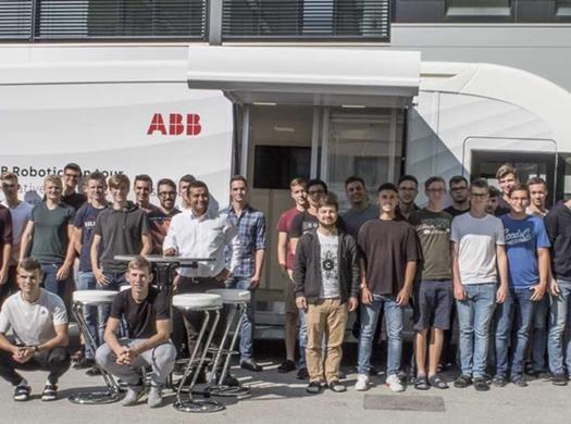 ABB zu Besuch bei den Maschinenbauern