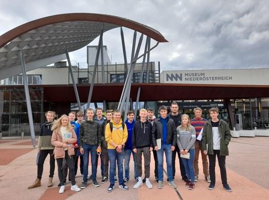 Die 3. Klassen Elektrotechnik besuchen das Landesmuseum