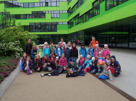 Die Private Volksschule des Sacré Coeur Pressbaum zu Besuch in der HTL St. Pölten