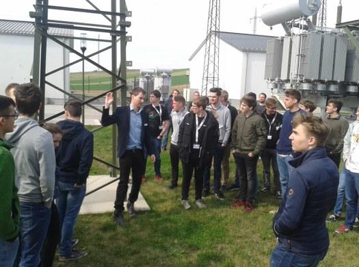 """Elektrotechniker beim """"Tag der Energiezukunft"""" der EVN"""
