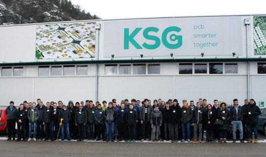 Schüler und Schülerinnen der 3. Klassen EL bei KSG