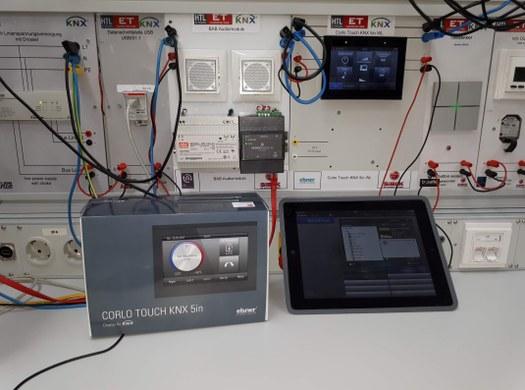 Fa. Siblik unterstützt KNX-Ausbildung in der Abteilung Elektrotechnik
