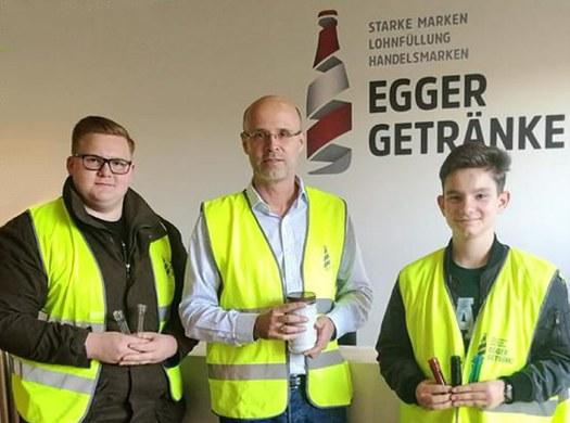 Wirtschaftsingenieure: Umwelttechnik- und Recyclingprojekt  - Das Leben einer PET-Flasche