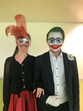 "Venezianische Signorina meets ""the Joker"""