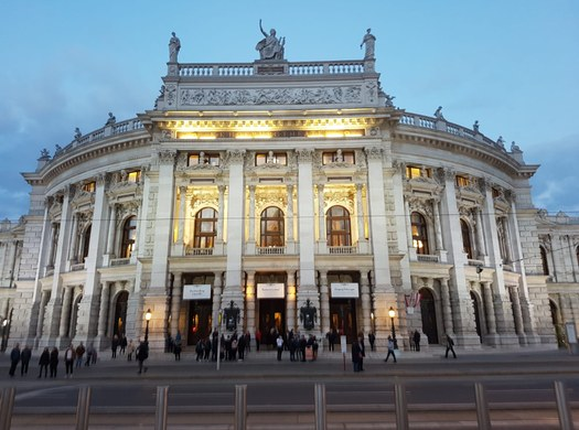 WI: 3. Jahrgang im Burgtheater