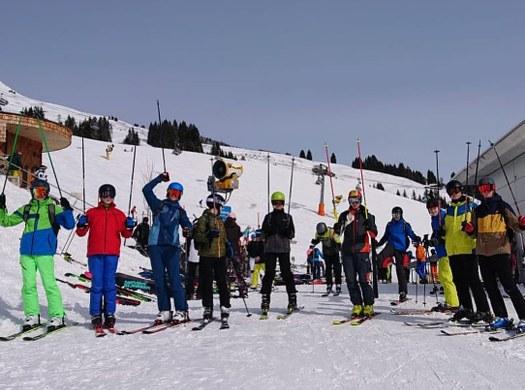 Wintersport und Firmenbesichtigungen - eine Woche in Zell am See kann vieles
