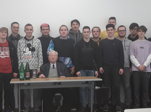 Zeitzeuge Erich Finsches erzählt in der HTL von den Schrecken des NS-Regimes